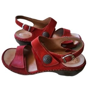 New Josef Seibel Sandals. Size 38
